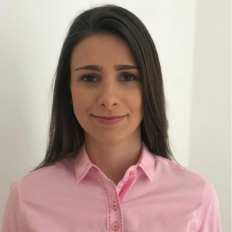 Mirela Peroni Garcia